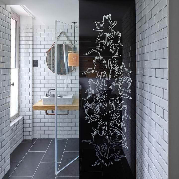 Paroi de douche en verre imprimé