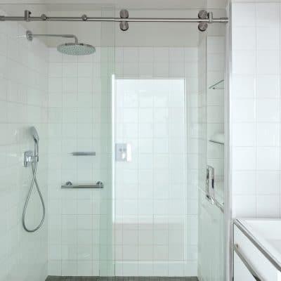 Paroi de douche en verre coulissante