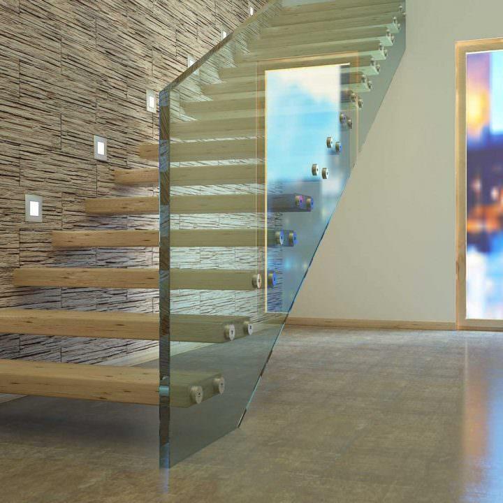 Garde corps escalier en verre