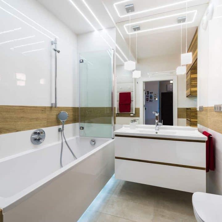 Pare baignoire en verre mobile